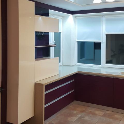 Кухня современная (фасады акриловые)